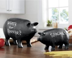 Chalkboard Pigs from Seventh Avenue ® Perfect for my country kitchen. Pig Kitchen Decor, Kitchen Themes, Country Kitchen, This Little Piggy, Little Pigs, Teacup Pigs, Pig Art, Mini Pigs, Kitchen Storage Solutions