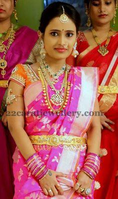 Jewellery Designs: Bride in Stunning Diamond Jewelry