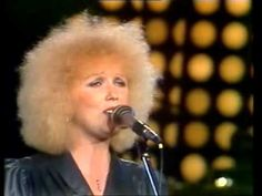 Marika Gombitová - Vyznanie (LIVE Sopot 1980) Karel Gott, Einstein, Country, Music, Youtube, Rock, Stone, Rural Area, Muziek