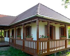 Case De Vis Cozy Cottage, Cottage Homes, Old Country Houses, My House Plans, Kerala House Design, Kerala Houses, Spanish Style Homes, Log Cabin Homes, Classic House