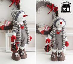 me ~ Lyubov Maslova Christmas Sewing, Christmas Gnome, Christmas Projects, Handmade Christmas, Christmas Stockings, Christmas 2017, Snowman Crafts, Diy And Crafts, Christmas Crafts