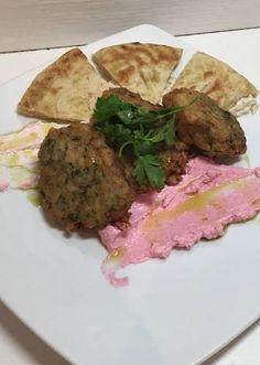Μπιφτέκι χταποδιού στο φούρνο με ταραμοσαλάτα και πίτα Kai, Beef, Food, Meat, Essen, Ox, Ground Beef, Yemek, Steak