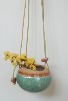 Handmade ceramic hanging vase - Shino Takeda (shinosworld on etsy)