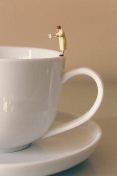 """Chaque matin à 06.30 """"thé ou café?"""""""