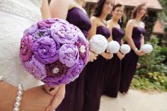 Tissue paper and yarn flower topiary bouquet accented with floral pins and buttons.  Google Image Result for http://1.bp.blogspot.com/-LSkS3wOI-dI/T9foHTeAisI/AAAAAAAABlY/YEsoy0jOwfA/s1600/BOUQUET.jpg