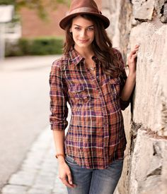 H maternity my-simple-style-loves Cute Maternity Outfits, Fall Maternity, Maternity Fashion, Maternity Style, Maternity Pics, Maternity Clothing, Pregnancy Wardrobe, Pregnancy Outfits, Pregnancy Shirts