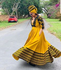 African Print Dress Designs, African Print Dresses, African Print Fashion, Xhosa Attire, African Attire, South African Traditional Dresses, Traditional Outfits, African Bridesmaid Dresses, Latest African Fashion Dresses