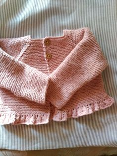 Knitting For Kids Crochet Baby Hat Patterns, Baby Cardigan Knitting Pattern, Knitted Baby Cardigan, Crochet Coat, Chunky Crochet, Crochet Baby Hats, Baby Sweaters, Girls Sweaters, Tricot Baby