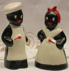 "Black Americana Mammy and Chef Hand Painted Salt and Pepper Shakers ~ from ""Live Oak Antiques"" shop Antique Shops, Vintage Antiques, Fancy Cookies, Vintage Kitchenware, Salt And Pepper Set, Vintage Pottery, Salt Pepper Shakers, Vintage Christmas, Hand Painted"