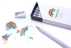 クルクルまわすたびに七色の虹!! 削りかすがレインボーになるかわいい&エコな鉛筆