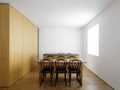 kitchen/dining room at the Gibney residence in Bronte, NSW (near Sydney). Designed by Jason Gibney/ Tobias Partners