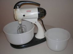 Sunbeam Mixer...I had one of these and used it for decades . . .now I use a hand held one, still Sunbeam!