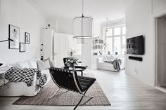 Spacious White Scandinavian Apartment With Black Details - Gravity Home Room Interior, Interior Design, Monochrome Interior, Scandinavian Apartment, Scandinavian Interiors, Gravity Home, Cool Apartments, White Houses, Little Houses