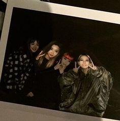 2NE1 : Dara Minzy Bom Cl OT4 Selca at MAMA 2015 2nd December