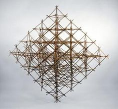 Space_Frame_Weave,_Octa-Form_2002_by_Snelson.jpg