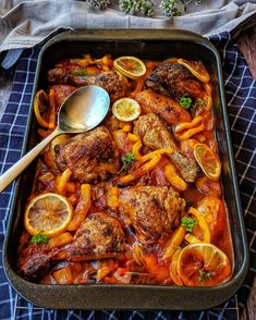 Chicken with potatoes, peppers and leek in tomato sauce – Recipes – Cooking Recipes – Cooking – Instakoch.de Chicken with potatoes, peppers and leek in tomato sauce – Recipes – Cooking Recipes – Cooking – Instakoch. Tomato Sauce Recipe, Sauce Recipes, Meat Recipes, Pasta Recipes, Dinner Recipes, Cooking Recipes, Grilled Chicken Recipes, Grilled Meat, Salmon Recipes