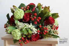 Zahradní a krajinářská architektura, zakázková floristika - Letem květem Floral Wreath, Wreaths, Home Decor, Floral Crown, Decoration Home, Door Wreaths, Room Decor, Deco Mesh Wreaths, Home Interior Design