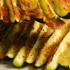 Veggie Dishes, Vegetable Recipes, Food Dishes, Baked Zucchini Parmesan, Grilled Zucchini Recipes In Oven, How To Bake Zucchini, Real Food Recipes, Cooking Recipes, Healthy Recipes