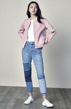 boyfriend-jeans-whitetee-pink-wear-casual-spring-summer-sneakers.jpg