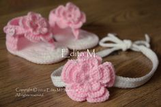 Crochet baby set, sandals and headband, gladiator sandals, tieback, baby slippers, baby booties, shoes, pink, white, gift, flower sandals by EditaMHANDMADE on Etsy https://www.etsy.com/uk/listing/237047286/crochet-baby-set-sandals-and-headband