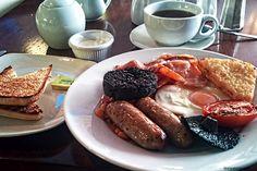 Anglia Szkocja (England Scotland)  #englishbreakfast #restaurant #angielskieśniadanie #kaszanka #pomidor #jajko #egg #coffee #kawa #tost #mushroom #manchester #śniadanie #breakfast #anglia #wielkabrytania #greatbritain#england