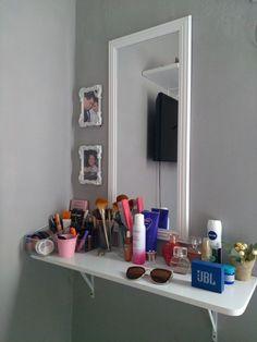 Small Room Bedroom, Bedroom Decor, Pinterest Room Decor, Makeup Room Decor, Glamour Decor, Teen Bedroom Designs, Cute Room Decor, Home Room Design, Aesthetic Room Decor