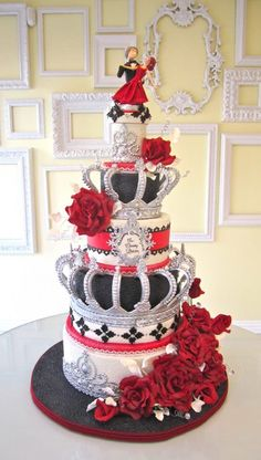 Red, Black, White and Silver Crown Cake Art! Beautiful Wedding Cakes, Gorgeous Cakes, Pretty Cakes, Amazing Cakes, Crazy Cakes, Fancy Cakes, Crown Cake, Bolo Cake, Just Cakes
