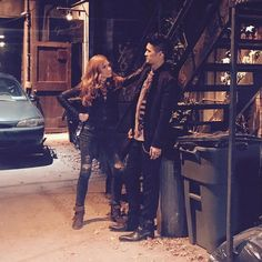 Tessa Mossey and Jade Hassouné in Shadowhunters: The Mortal Instruments Clary And Jace, Clary Fray, Isabelle Lightwood, Alec Lightwood, Clary And Sebastian, Shadowhunters Season 3, Netflix, Shadowhunters The Mortal Instruments, Clace