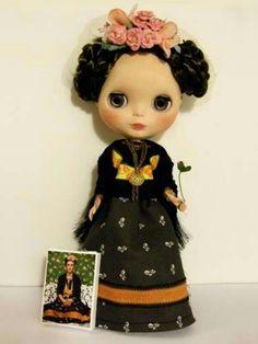 Frida Kahlo Blythe Dolls