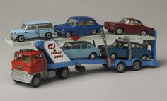 CORGI Ford car transporter