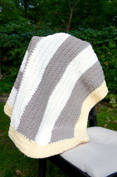 Super Chunky and Soft Blanket. Gender Neutral Grey and Yellow Blanket