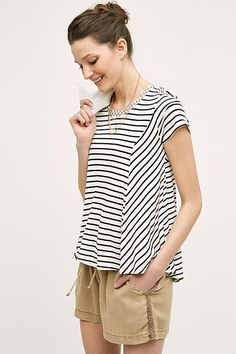 Lace-Up Tee - yes, another striped top.but look how cute and flowy! Spring Summer Fashion, Spring Ootd, Short Outfits, Beautiful Outfits, Beautiful Clothes, Daily Fashion, What To Wear, Women Wear, Lace Up