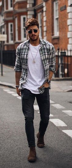 15 Dapper Ways to Style the Classic White Undershirt Weißes Unterhemd, kariertes Hemd und Jeans Mens Clothing Trends, Clothing Ideas, Men's Clothing, Clothing Styles For Men, Stylish Mens Outfits, Stylish Clothes For Men, Men's Casual Outfits, Men Clothes, Casual Goth