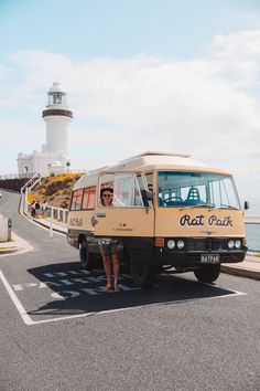 Van & Surf Life in Byron Bay We turned our Van Life dreams into a reality when we needed a new office space as remote workers we didn't want to be tied down to a desk or one location so we came up with the idea of having a HQ on wheels! The HQ is … Ford Transit Campervan, Surf Live, Van Life Blog, South Dakota Travel, Travel Inspiration, Travel Ideas, Byron Bay, Australia Travel, The Great Outdoors