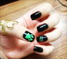 Wedding Acrylic Nails, Simple Acrylic Nails, Cute Spring Nails, Summer Acrylic Nails, Simple Nail Art Designs, Acrylic Nail Designs, Ladybug Nail Art, Lady Bug, Halloween Acrylic Nails