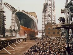a75816665e4567ad25322842f496f7df_XL.jpg (900×686)  RMS Queen Elizabeth 2 was launched in Clydebank, Scotland, on September 20, 1967.