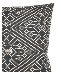 Charcoal gray. Cushion cover in cotton slub-weave fabric with a printed pattern. Concealed zip.