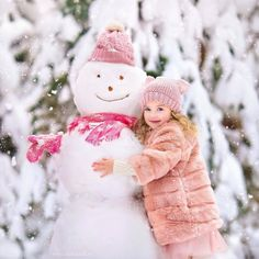 Pink Christmas, Christmas Colors, Christmas Photos, Cute Kids, Cute Babies, Winter Kids, Winter Snow, Winter Cabin, Winter Photos