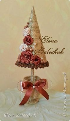 Pin on Christmas Makes Christmas Tree Crafts, Christmas Makes, Xmas Tree, Christmas Projects, All Things Christmas, Holiday Crafts, Christmas Crafts, Christmas Ornaments, Burlap Crafts