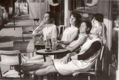Les coiffeuses au soleil (hairdressers sun bathing) - Paris 1966 by Robert Doisneau Robert Doisneau, Marc Riboud, Louis Stettner, Stephen Shore, Henri Cartier Bresson, French Photographers, Vintage Paris, Vintage Black, Retro Vintage