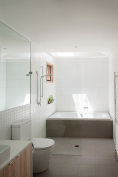 Doncaster House by Inbetween Architecture | Detached houses