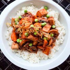 Recette de tofu bourguignon selon Bob le Chef Tempeh, Seitan, Bourguignon, Mets, Meatless Monday, Vegan Recipes, Vegan Food, Japchae, Quinoa
