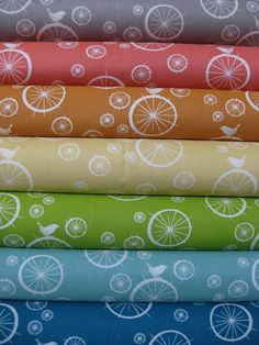 Jay-Cyn Designs for Birch Fabrics, Mod Basics, Organic, Birdie Spokes