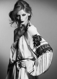 romanian designer Valentina Vidrascu blouse