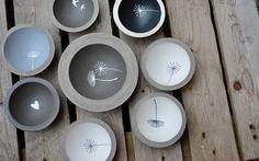 Concrete peeler with dandelion Cement Art, Concrete Crafts, Concrete Art, Concrete Projects, Diy Projects, Rope Crafts, Diy And Crafts, Concrete Candle Holders, Diy Clay