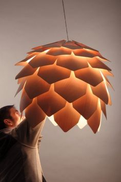 crimean-pinecone-lamp