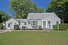 JUST REDUCED! $274,000 Expanded Cape in Bay Shore.. Join me Sunday 8/24/14 for an Open House 11am-1pm!