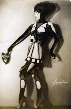 Nina Payne by Studio Manassé, Vienna , c1920s