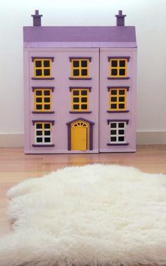 Little doll's house