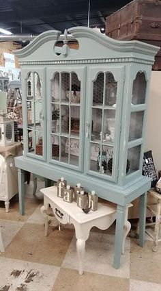 63 Ideas repurposed furniture for kitchen buffet hutch makeover Diy Furniture Projects, Refurbished Furniture, Paint Furniture, Repurposed Furniture, Furniture Making, Furniture Makeover, Furniture Stores, Refurbished Hutch, Furniture Layout